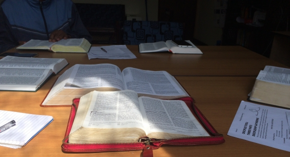 bibelstudie1.jpg